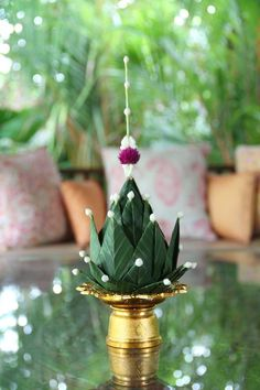 Thai balance. Diy Diwali Decorations, Festival Decorations, Flower Decorations, Flower Lights, Flower Garlands, Indian Wedding Theme, Diwali Diy, Flower Rangoli, Leaf Crafts