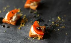 Goat Cheese & Ricotta Mini Toasts with Persimmons - a quick, easy & healthy appetizer perfect for your NYE party!!