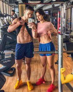 Bollywood News Tiger Shroff Girlfriend Disha Patani hot body flaunts her abs again Indian Celebrities, Bollywood Celebrities, Bollywood Actress, Bollywood Couples, Bollywood Girls, Indian Bollywood, Pakistani, Bollywood Stars, Bollywood Fashion