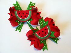 Sweet Felt Watermelon Bow - Red Watermelon Hairbow- Watermelon Feltie - Embroidered watermelon hairb Teacher Birthday Gifts, Girl Birthday Cards, Little Girl Crafts, Crafts For Kids, Watermelon Birthday Parties, Sewing Kids Clothes, Diy Birthday Decorations, Felt Bows, Boutique Hair Bows