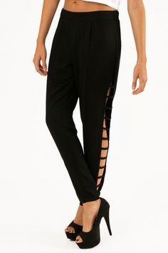 Like, I NEED these pants. Down To The Wire Pants $68 at www.tobi.com