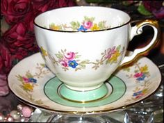 Tuscan Tea Cup & Saucer PISTACCHIO LIME & ROSE GARLAND Hand Painted
