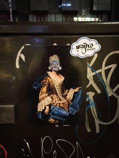 Un maravilloso viaje por este país. México haciendo presencia en sus calles/ A fantastic trip through this country. México making presence in the streets. #wajirodream #wajiroart #mexico #japan #hechoenmexico #travelphotography #besttrip #streetart #artecallejero #stencil #ilustracion #art #arte #artlovers #artista #artwork #collage