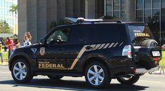 Fonte: SINDIPOL/DF Após denúncia de que os policiais federais de Brasília, lotados na Superintendência (SR), estão há mais de 6 (seis) meses trabalhando em condições desfavoráveis, devido ao não funcionamento dos elevadores e preocupado com esta situação precária à qual os servidores da Polícia Federal estão submetidos, o Sindicato dos Policiais Federais no Distrito Federal – SINDIPOL/DF por meio do Ofício nº 161/2016, encaminhado ao Ministério Público do Trabalho, solicitou qu...