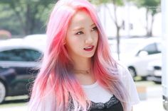 Pink Hair, Korean Girl Groups, Kpop Girls, Idol, Hairstyle, Long Hair Styles, Beauty, Beautiful, Kpop Groups