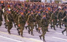 Greek Warrior, Military History, Armed Forces, Greece, Monster Trucks, Army, Counting, Warriors, Photos
