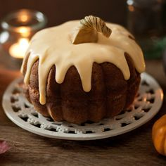 An easy pumpkin, cider and apple cake for Halloween. Because it doesn't need to be a nightmare!