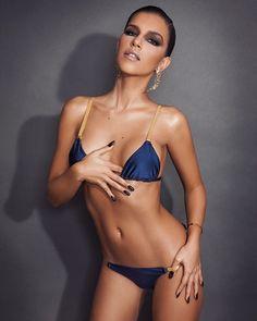 83beaec684 Mariana Rios posa de biquíni e mostra ótima forma