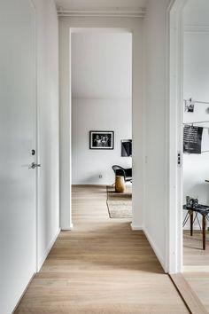 КВАРТИРА 81 КВ.М. — DECOR.CLOUD Tall Cabinet Storage, Ikea, Furniture, Home Decor, Interior Design, Nest Design, Decoration Home, Ikea Co, Room Decor