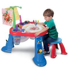 LJ GIFT -- I'm an Artist Station™ from #littletikes