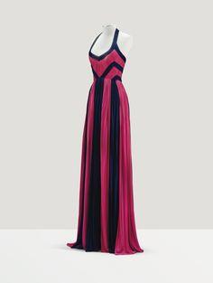 Grès Haute Couture, 1981. Robe du soir en jersey de soie rose tyrien et noir
