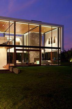 Casa 2V by Diez + Muller Arquitectos.