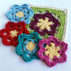 Spincushions: Flowers Abound CAL 2015 By Shelley Husband. Part 2 – Kukka. Free crochet flower square pattern in UK or US terms.