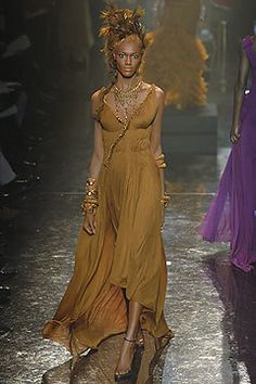 Jean Paul Gaultier Spring 2005 Couture Fashion Show - Mimi Roche