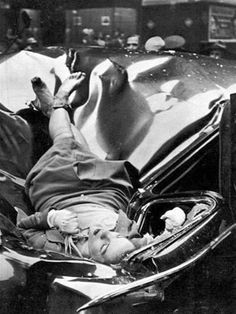 A beautiful suicide – 23 year-old Evelyn McHale jumped from the 83rd floor of the Empire State Building and landed on a United Nations limousine, 1947