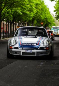 Porsche 911 longhood w Martini striping