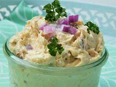 Tuňáková pomazánka se sušenými rajčaty :: Tipy na Výlety a zábava Potato Salad, Potatoes, Ethnic Recipes, Food, Lemon, Potato, Essen, Meals, Yemek