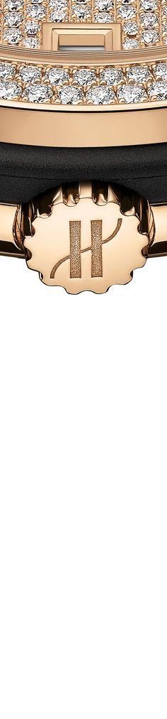 #Hublot #Watches Classic Fusion King #Gold Full Pavé | #watch #diamonds #woman #fashion Hublot Watches, Men's Watches, Luxury Watches, Watches For Men, Woman Fashion, Men's Fashion, Gold Diamond Watches, Father Time, Arm Candies
