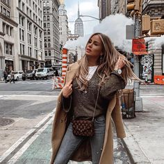 Women: Love Your Imperfections Teen Fashion Outfits, Mode Outfits, Fashion Days, Winter Fashion, Womens Fashion, Hair Color Shades, Fall Winter Outfits, Winter Style, Professional Women