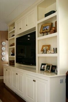 Cool 75+ Best Shelves Entertainment Center Design You Have To Know http://decorathing.com/storage-ideas/75-best-shelves-entertainment-center-design-you-have-to-know/