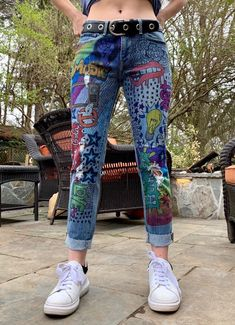 Painted Jeans, Painted Clothes, Custom Clothes, Diy Clothes, Custom Denim Jackets, Cute Jeans, Women's Jeans, Denim Ideas, Edgy Outfits