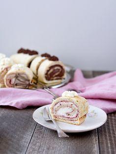 Pradobroty: Bezé ořechová roláda Food Hacks, Pancakes, Breakfast, Morning Coffee, Pancake, Crepes