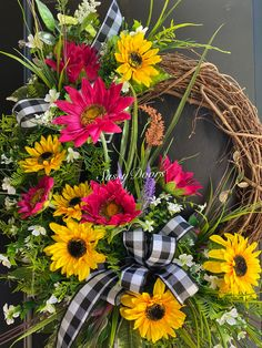Diy Spring Wreath, Summer Door Wreaths, Fall Wreaths, Diy Wreath, Christmas Wreaths, Western Wreaths, Dollar Tree Decor, Sunflower Wreaths, Front Doors