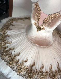 The most current dancewear and top-rated leotards, jazz, valve and ballet shoes, hip-hop attire, lyricaldresses. Dance Costumes Ballet, Tutu Ballet, Ballerina Dress, Tutu Costumes, Ballet Dancers, Ballet Shoes, Dance Outfits, Dance Dresses, Party Outfits