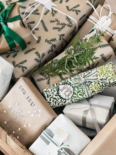 natural and green wrapping paper / coco kelley 30 Diy Christmas Gifts, Merry Christmas To You, Christmas Gift Wrapping, Christmas Love, Christmas Presents, Christmas Holidays, Christmas Wreaths, Homemade Christmas, Christmas Ornaments