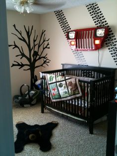 Jeep themed nursery.. Seriously how different and unique!