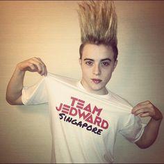 07/15/2012 - Team Jedward Singapore!