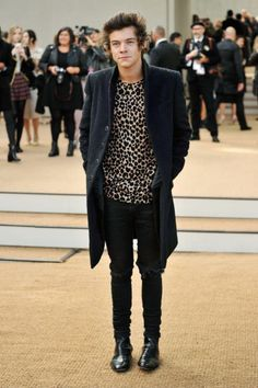 harry styles hazza one direction directioners look costumes hot sexy canon cute 4
