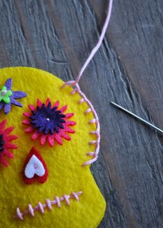 Good tutorial on felt sugar skulls