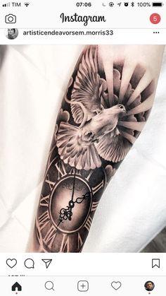 Tattoo mit Taube und Uhr mit Bedeutung Frieden Tatouage avec colombe et horloge signifiant paix Forearm Sleeve Tattoos, Best Sleeve Tattoos, Tattoo Sleeve Designs, Leg Tattoos, Body Art Tattoos, Celtic Tattoos, Tattoos Pics, Tattoo Symbols, Peace Tattoos