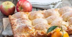 Если любите яблочные пироги, то не проходите мимо этого рецепта. Этот яблочный пирог получается очень вкусным и ароматным с нежнейшей начинка в хрустящем творожном тесте. Ингредиенты:Мука (коли
