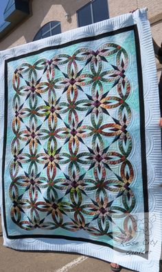 Pieced by Phyllis Holte Quilted by her daughter Ardelle Kerr (RoseCity Quilter) Pattern, Bali Wedding Star by Juday and Brad Niemeyer of Quiltworx Longarm Quilting, Free Motion Quilting, Hand Quilting, Wedding Ring Quilt, Wedding Quilts, Star Wedding, Machine Quilting Designs, Quilting Ideas, Quilting Blogs