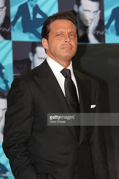 Singer Luis Miguel attends a photocall to promote the launch of his new album, 'Complices' at Casino Espanol on May 6, 2008 in Mexico, Mexico City.