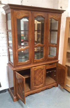 Large Display Cabinet/storage Unit (delivery Available)