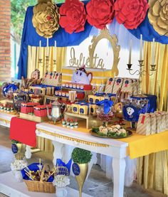 La bella y la bestia mesa de dulces 1st Birthday Party For Girls, 15th Birthday, Beauty And The Beast Halloween, Beauty And The Best, Disney Princes, Merida, Best Part Of Me, Sweet 16, Baby Shower