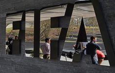 Scandale à la Fifa: Des enveloppes de 40.000 dollars distribuées avant la présidentielle de 2011