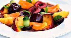 φρουτοσαλάτα με δυο τρόπους Fruit Salad, Gourmet Recipes, Cantaloupe, Salads, Food, Fruit Salads, Essen, Meals, Yemek