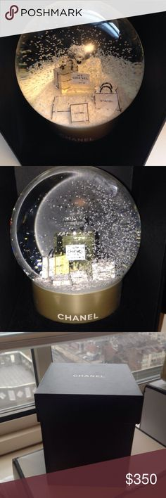 """Chanel Authentic VIP Gift-Crystal Snow Globe No 5 2015 CHANEL SNOW PERFUME GLOBE BALL VIP CHRISTMAS GIFT LIMITED EDITION RARE *NOT SOLD IN RETAIL STORES* VIP CHRISTMAS GIFT LIMITED EDITION  Size          :   4"""" x 5""""  condition :    new.         100% authentic. Comes in its original box CHANEL Accessories"""