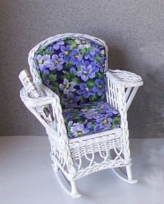 Magazine Rocker--Blue Floral