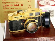 Leica M4-2 Gold Okar Barnack 10tth year 1879~1989 Gold plated edition with Gold plated Summilux-M 1:1.4/50mm lens