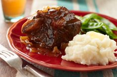 Slow-cooker BBQ Short Ribs – brisket, move over. BBQ-sauced short ribs are here, ready to give you a run for your money in the tender-and-juicy slow-cooker recipe recipe tips of cooking Kraft Foods, Kraft Recipes, Rib Recipes, Dinner Recipes, Recipies, Crock Pot Slow Cooker, Slow Cooker Recipes, Crockpot Recipes, Cooking Recipes