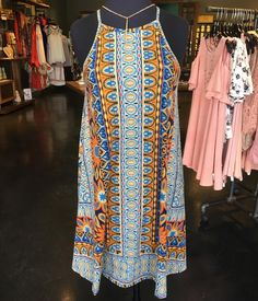 Such a cute pattern on this dress!!!  Come shop with us today!!  Daphne 10-6 Fairhope 10-5 Wharf 10-9!