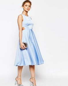 Ted Baker - Vestito midi con gonna a ruota e cut-out