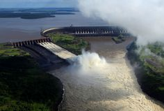 ITAIPU DAM Itaipu means the sounding stone. The Itaipu Dam is situated on the Parana River located on the border between Brazil and Paraguay. This dam is a hydroelectric dam and it has the largest operating hydroelectric facility in terms of annual energy generation.