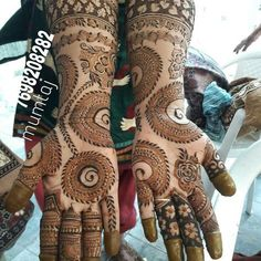 Simple Arabic Mehndi Designs, Modern Mehndi Designs, Wedding Mehndi Designs, Mehndi Designs For Fingers, Beautiful Mehndi Design, Dulhan Mehndi Designs, Henna Tattoo Designs, Mehendi, Henna Mehndi