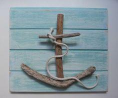 Great way to use driftwood #beach #nautical #craft